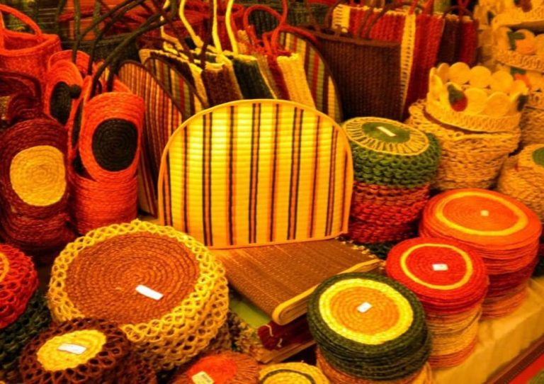 Indonesian Handicrafts Are Seen By Countries in the World 1