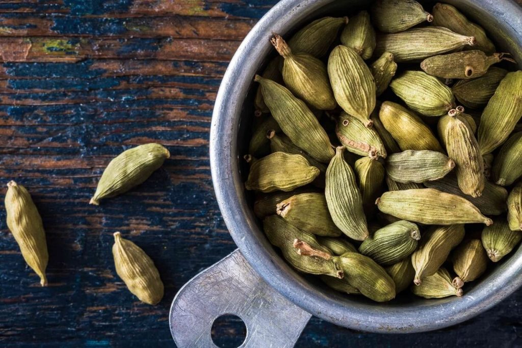 Benefits of Cardamom to Relieve Gout And Prevent Cancer